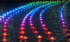 There was a beautiful display of 300 illuminated origami boats in Canary Wharf.
