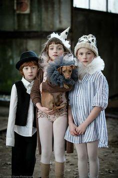 Child fashion 11962755239358257 - circus farmers > petit monde Source by deborahbeau Kids Fashion Photography, Children Photography, Foto Fantasy, Image Mode, Neue Outfits, Vintage Circus, Kid Styles, Kind Mode, Kids Wear