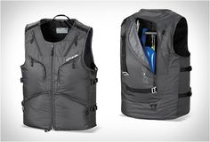 DAKINE BC VEST perfect little pack for the back country snowboarder or for edc. No bulk like a backpack.