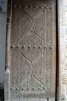 Ancient door from Khiva, Uzbekistan (Flickr)