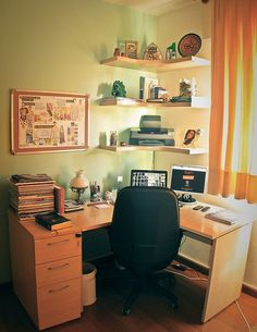 Corner desk & corner shelves