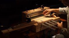 El Motor de la Aprensión: El instrumento que genera música espeluznante - https://www.vexsoluciones.com/noticias/el-motor-de-la-aprension-el-instrumento-que-genera-musica-espeluznante/