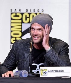 "Jared Padalecki Photos Photos - Actor Jared Padalecki attends the ""Supernatural"" Special Video Presentation And Q&A during Comic-Con International 2016 at San Diego Convention Center on July 24, 2016 in San Diego, California. - Comic-Con International 2016 - 'Supernatural' Special Video Presentation and Q&A"