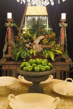 Natural Thanksgiving Decor Ideas Image