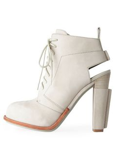 ALEXANDER WANG, SS11 DAKOTA BOOT: super tall and angular in all the right places. #alexander_wang #shoe #leather