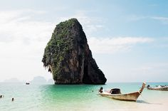 Phi-Phi islands in Thailand- went November 2014 Vacation Places, Dream Vacations, Vacation Spots, Places To Travel, Places Around The World, Travel Around The World, Around The Worlds, Great Places, Places To See