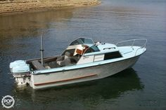 Classic Boats For Sale, Power Boats For Sale, Yard Tractors, Camper Boat, Boat Engine, Vintage Boats, Boat Stuff, Outboard Motors, Boat Building