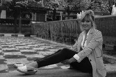 'Cuando algo me hace daño me hace escribir mejor' Raquel Villar publica 'El palacio de las paredes verdes', es su cuarta novela. http://www.spoonful.es/entrevista/'cuando-algo-me-hace-dano-me-hace-escribir-mejor'_20161004082815.html