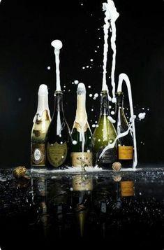National wedding and event bar hire inc prosecco van and pimms trike hire. Champagne Moet, Glass Of Champagne, Champagne Taste, Sparkling Wine, Champagne Brands, Don Perignon, Prosecco Van, Foto Still, In Vino Veritas