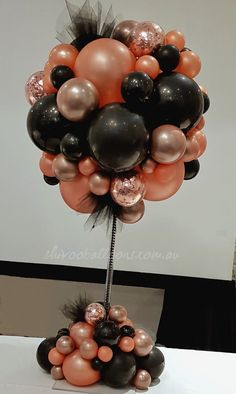 67 Awesome Balloon Decor Ideas For Your Celebration – Page 32 of 67 – Veguci Balloon Decorations Balloon Decor Wedding Balloon Balloon Ideas Balloon Arch Balloon Topiary, Balloon Centerpieces, Balloon Columns, Balloon Garland, Balloon Arch, Balloon Ideas, Balloon Designs, Birthday Decorations, Wedding Decorations