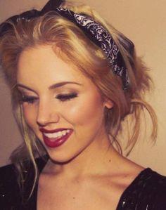The 10 Sexiest Fall Makeup Colors #KissandMakeup #PetitVour