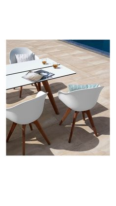 The Adelaide outdoor collection takes the best of the iconic design and moves it outside. Choose eucalyptus legs for a beautiful contrast in the design that makes the chair and table stand out from most other outdoor furniture. Or go for the wire legs and add a clean and minimalistic look to your outdoor dining space. #outdoordining #outdoor #outdoors #danishdesign #outdoorliving #patioinspiration #terasse