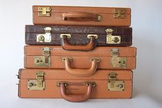 Vintage Leather Briefcase Attache from Diz Has by dizhasneatstuff, $35.00