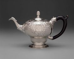 Silver Teapot -  1760–65 -  Paul Revere, Jr. (American, 1734–1818) -  Made in  Boston, Massachusetts,  Dimensions Overall: 14.9cm (5 7/8in.) Medium or Technique Silver
