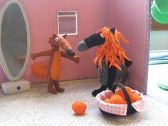 raconte tapis le loup, la suite Puppets, Pop Up, Animation, Album, Blog, Farmhouse Rugs, Bed Covers, Blue Prints, Fabric Books