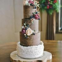 Ganache cake with berries/peonies