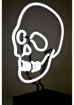 Neon MFG Skull Neon Light will keep the dead lit AF. This badass, indoor neon lamp is in a design of a hand crafted glass skull bust on a sturdy acrylic base, attached to a 6ft power cord, and an on/off switch.