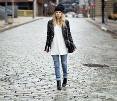 Abercrombie & Fitch Holiday 2013 Distressed Denim skinny Jeans blogger courtney trop