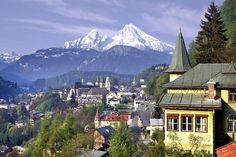 Google Image Result for http://travel.wallpapers.tc/pictures/Germany/Germany%2520Berchtesgaden%2520and%2520Mount%2520Watzmann.jpg