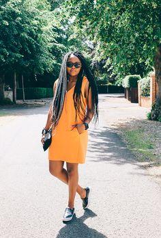 40 Killer Summer Concert OutfitIdeas   Bright orange dress and slip on platform shoes