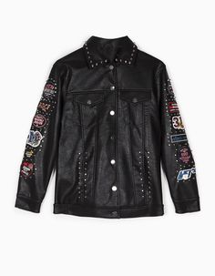 At Stradivarius you'll find 1 Oversize leather look jacket with patch and stud detail for just 69.99 United Kingdom . Visit now to discover this and more Jackets.