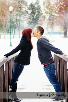 Big Acuna Photgraphy- Murry park- Couple Photography- Winter photography