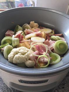 Cauliflower Bacon and Camembert Soup Slow Cooker Soup, Slow Cooker Recipes, Soup Recipes, Cooking Recipes, Healthy Recipes, Slow Cooking, Keto Recipes, Crockpot Meals, Freezer Meals