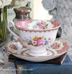 Tea: Vintage 1944 Royal Albert Pink Lady Carlyle Avon Teacup and Saucer. China Cups And Saucers, Teapots And Cups, China Tea Cups, China Mugs, Tea Cup Set, My Cup Of Tea, Tea Cup Saucer, Tea Art, Rose Tea