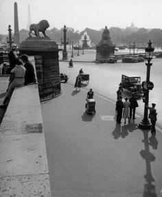 Place de la Concorde Paris ca.1928 Photo: Jean Moral