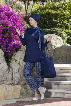 Elegant Burkini Islamic Swimwear, Muslim Swimwear, Modest Workout Clothes, Hijab Fashion Summer, Modest Swimsuits, Black Swimsuit, One Piece, Stylish, My Style