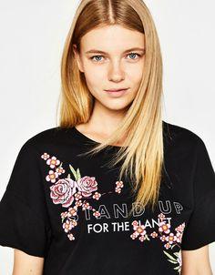 Camiseta estampado flores - Camisetas - Bershka Mexico