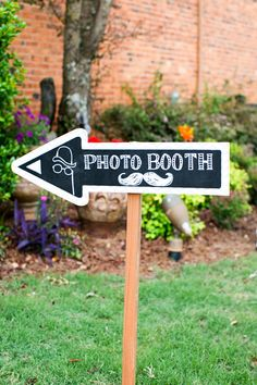 Guests need about as much information as the coordinator does (or so it seems) // Make signs - for literally everything. Sometimes it might seem a little rudimentary, but guests need to know where they need to go & the easiest way to get there. If you are looking for a cute, inexpensive way to do this, we suggest something like this where you can wash the chalk away afterwards and use it for just about anything else!