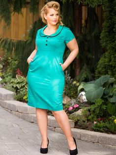 The plus size Annette Dress, worn by Elly Mayday for www.lucyclothing.ca ! LOVE this style!