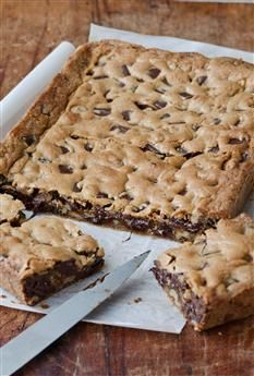 Barefoot Contessa - Recipes - Chocolate Chunk Blondies