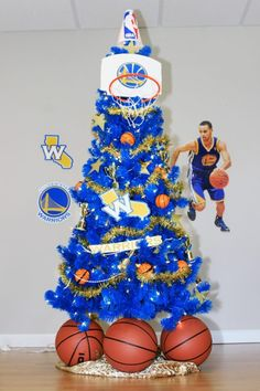 320bdce9b Cavaliers and Warriors NBA Finals Themed Trees. Cavaliers Vs Warriors Christmas ...