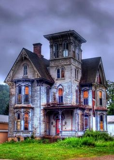 """Haunting elements ~ Second Empire Home"""" The Historic Franklin W. Knox 1880 Italian Villa Style q in Coudersport, PA - Abandoned and reportedly haunted by a murder victim who is seen in windows at night. Abandoned Buildings, Old Abandoned Houses, Old Buildings, Abandoned Places, Abandoned Castles, Abandoned Library, Old Mansions, Abandoned Mansions, Creepy Old Houses"""