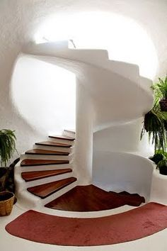 I would LOVE a staircase like this going up to the roof of the earthship