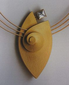 Aninka Harms | Necklace |  18 carat yellow gold combined with a 'Context Cut' diamond