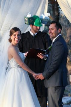 Officiant wearing hat for tears of joy | Peary Photogrpahy | Theknot.com