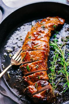 Honey Garlic Roasted Pork Tenderloin is the perfect weeknight meal. Seasoned with an amazing rub and then topped with a sensational honey garlic sauce, the taste will melt in your mouth. Best Pork Recipe, Pork Recipes, Cooking Recipes, Cooking Games, Healthy Recipes, Cooking Bacon, Game Recipes, Cooking Classes, Cooking Fish