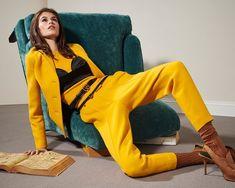 Kaia Gerber, Vogue Covers, Fashion Poses, Photoshoot Fashion, Vogue Magazine, International Fashion, Fashion Story, White Fashion, Emo Fashion