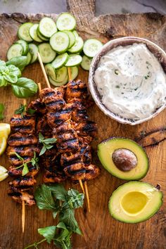 Greek Lemon Chicken Bowls With Sizzled Mint Goddess Sauce Greek Recipes, Whole Food Recipes, Cooking Recipes, Healthy Recipes, Greek Lemon Chicken, Clean Eating, Healthy Eating, Half Baked Harvest, Mediterranean Recipes