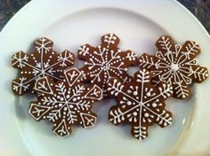 snowflake gingerbread - Google Search Cookie Decorating, Gingerbread Cookies, Snowflakes, Sugar, Google Search, Holiday, Desserts, Recipes, Food