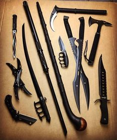 Machete is viciously sharp and is built strong for a long life of abuse - Machete survival Ninja Weapons, Weapons Guns, Anime Weapons, Zombie Weapons, Pretty Knives, Cool Knives, Swords And Daggers, Knives And Swords, Tactical Knives