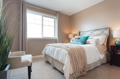 Such a beautiful suite! New Home Builders, New Homes, Bed, Furniture, Beautiful, Home Decor, Homemade Home Decor, Stream Bed, New Home Essentials