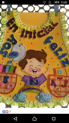 Mandil o chaleco para día de la educación Inicial Decorate Notebook, Kids Education, Paper Piecing, Ideas Para, Ladybug, Preschool, Lunch Box, Nursery, Birthday