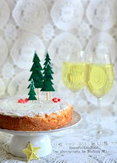 Carrot And Cinnamon Classic Christmas Cake