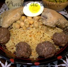tlitli de constantine Gourmet Recipes, Cooking Recipes, Healthy Recipes, Algerian Recipes, Algerian Food, Eastern Cuisine, Ramadan Recipes, Iftar, International Recipes