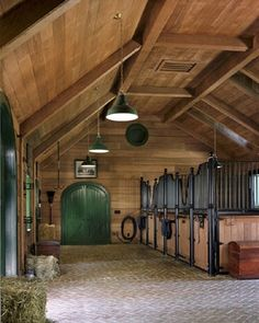 STRANGE RANCH BUILDINGS - AMAZING UPSCALE HORSE STALLS AND TRAINING FACILITIES - NICE