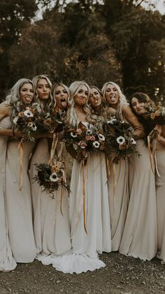 Cute Wedding Ideas, Wedding Goals, Wedding Pics, Whimsical Wedding Ideas, Woods Wedding Ideas, Modern Wedding Ideas, Fall Wedding Inspiration, Bohemian Wedding Flowers, Rustic Bohemian Wedding